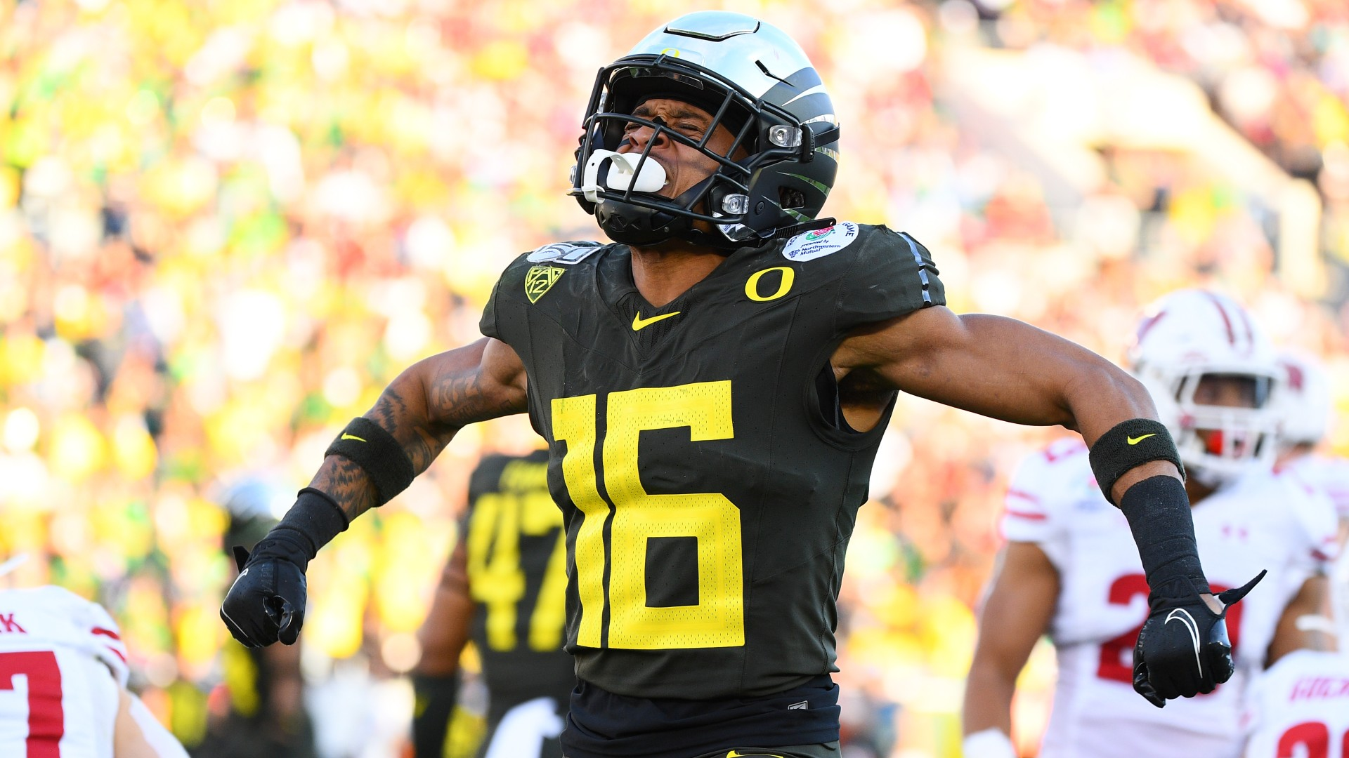 College Football Odds & Picks For Stanford vs. Oregon: Betting Value Lies With Ducks article feature image