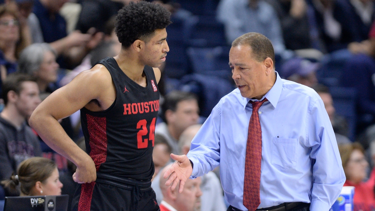 Sunday College Basketball Odds & Picks for Houston vs. Texas Tech: Look to Live Bet the Red Raiders (November 29) article feature image