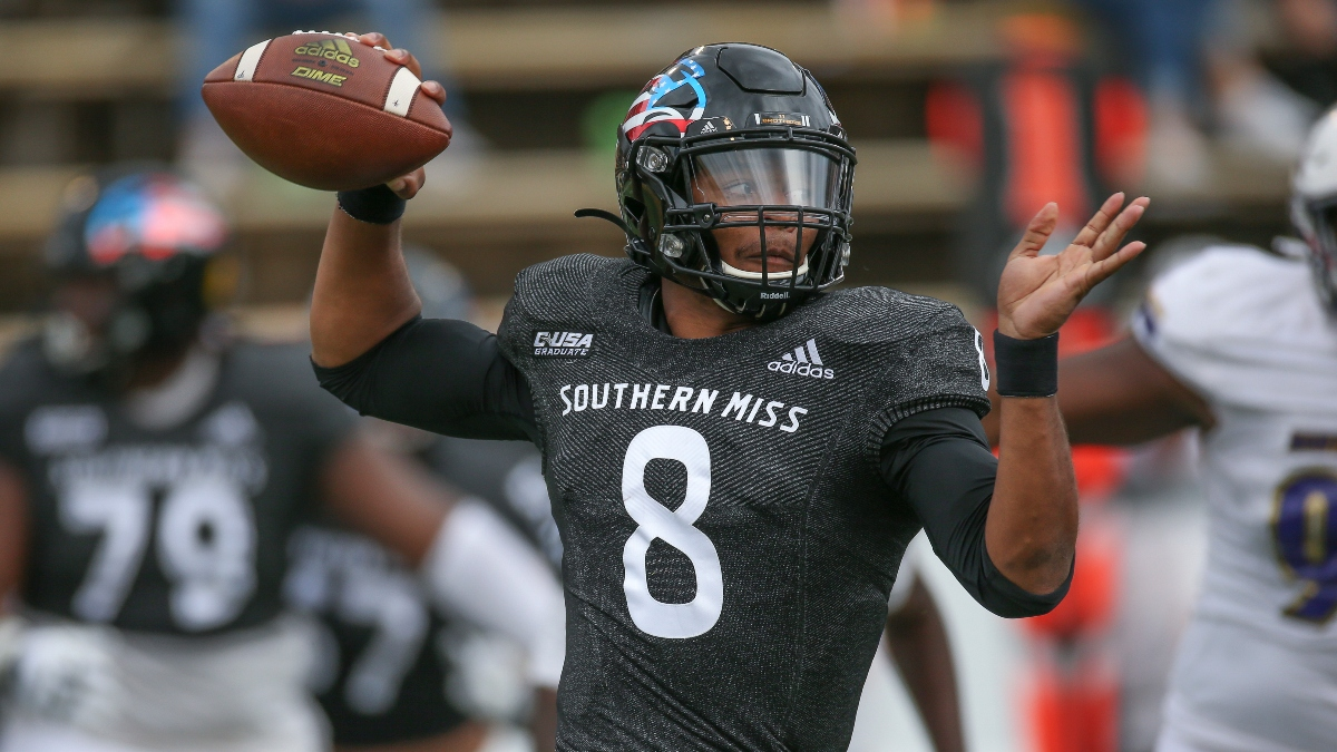 College Football Odds & Picks: Sharp Bets on Western Kentucky vs. Southern Miss, Utah State vs. Fresno State article feature image