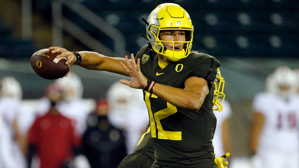 Oregon vs. Washington State Odds & Picks: Saturday's Over/Under Offers Ample Betting Value article feature image