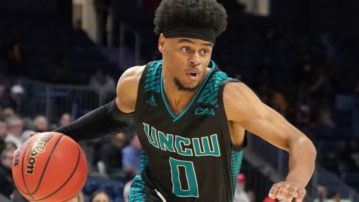 College Basketball Odds & Picks for UNC Wilmington vs. Western Carolina: Sharps, Systems Reveal Betting Edge (Wednesday, Nov. 25) article feature image