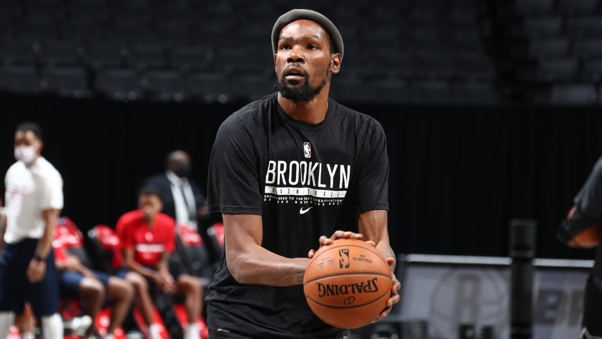 NBA Injury News & Starting Lineups (Jan. 10): Kevin Durant Likely to Return, Anthony Davis Questionable Sunday article feature image