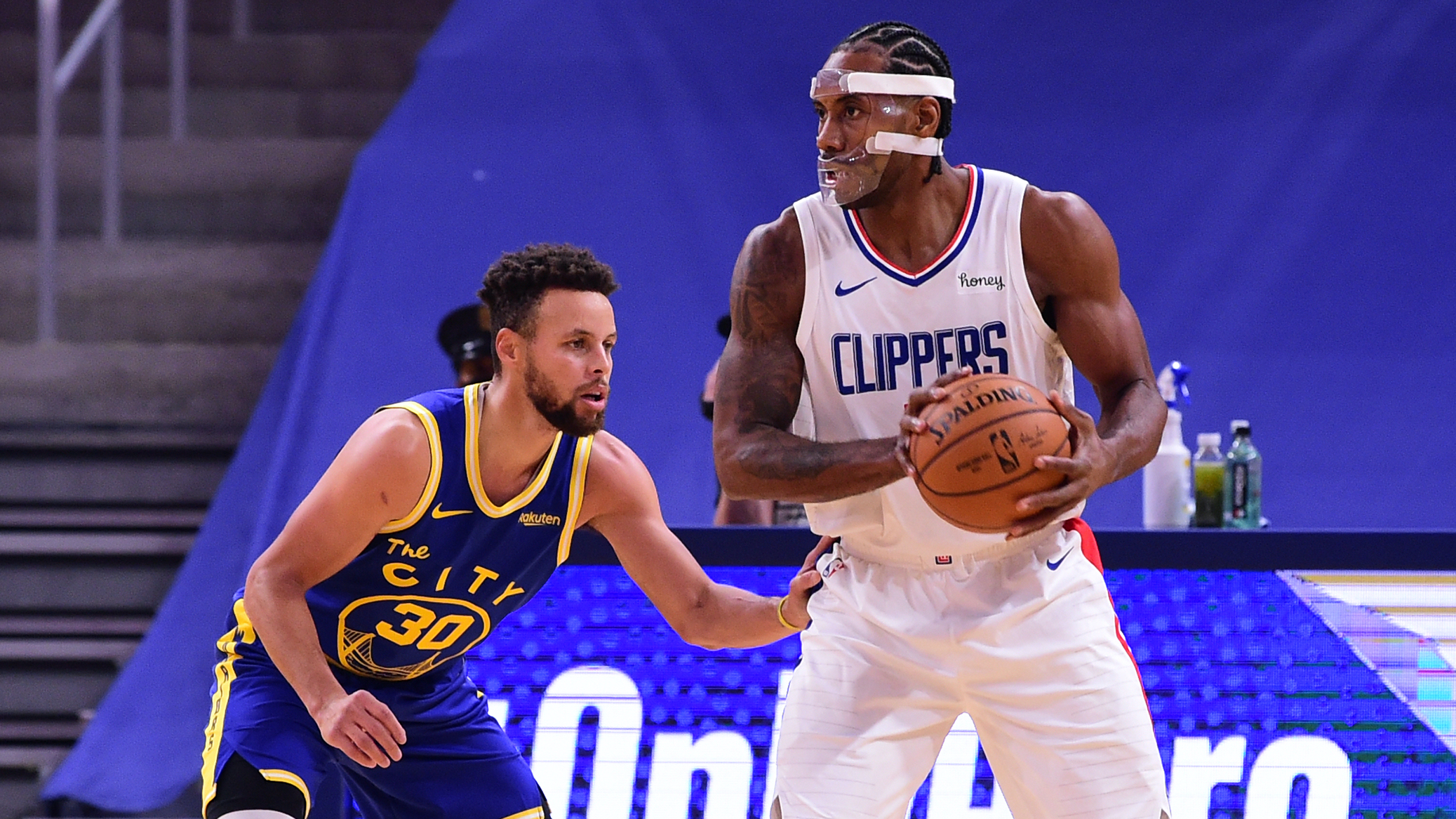 Clippers vs. Warriors Odds & Pick: Expect Full Effort From Kawhi & PG (Friday, Jan. 8) article feature image