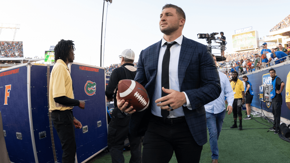Tim Tebow Sets Another Record With Jaguars Jersey Sales