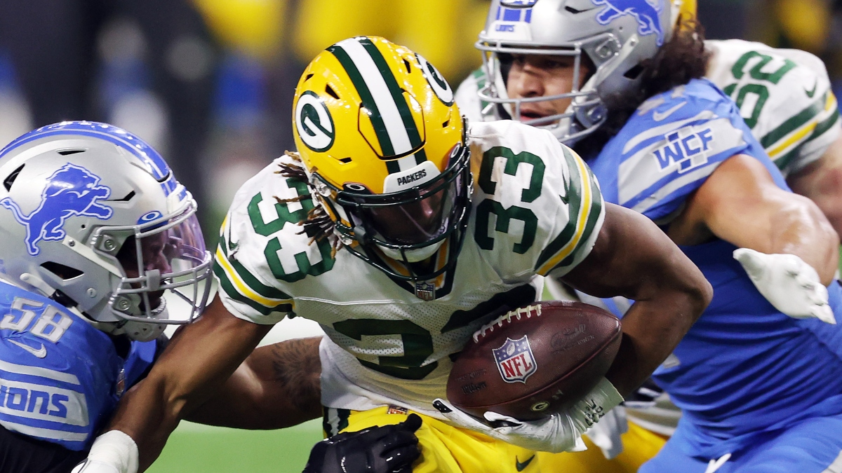 packers-vs-lions-odds-picks-how-experts-are-betting-this-spread-over-under-on-monday-night-football