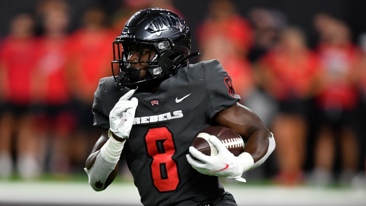 unlv-vs-san jose state-college football-odds-picks-betting preview-thursday-oct-21-2021